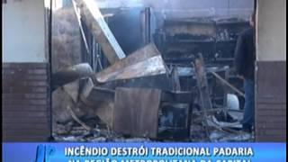 Incêndio destrói tradicional padaria na região metropolitana da Capital. #JornaldaPampa