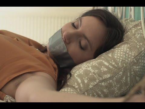 Как сунуть в рот спящей видео блог