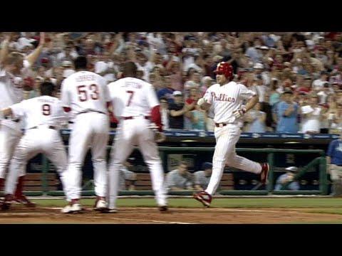 6/10/05: David Bell hits a three-run...