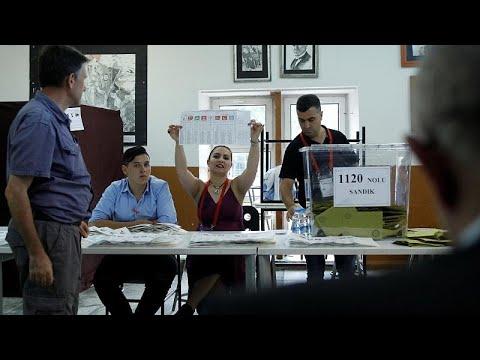Χαμένες ευκαιρίες και προνόμια: η Τουρκία στο μικροσκόπιο διεθνών παρατηρητών…