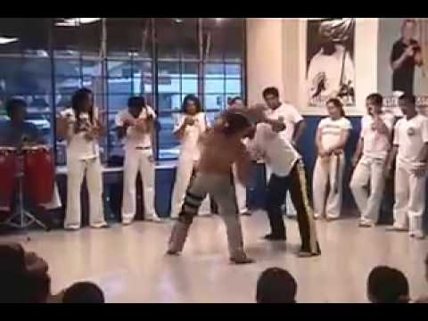 Mestre Virgulino & Mestre Sampaio in a Roda at Albuquerques Capoeira Academy