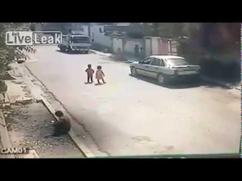 Niño Secuestrado en Frente de su Casa