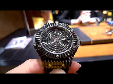Hublot Big Bang Black Caviar - bling on a budget (видео)