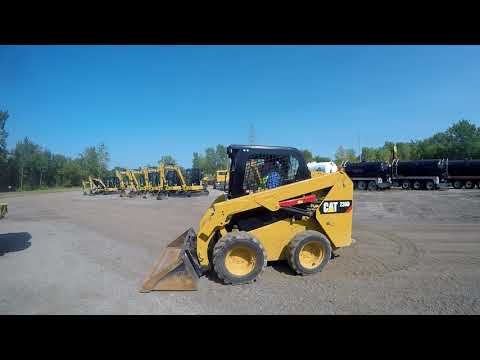 CATERPILLAR SKID STEER LOADERS 236D equipment video 9WlINrgF7tk