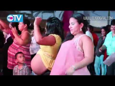 """Mamá de 5, con una barriga de 56 centímetros, se llevó el premio a la """"Madre Panza"""""""