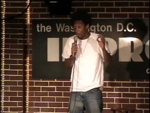 Seaton Smith at the DC Improv