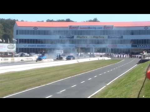 Ford Mustang vs Nissian GTR Nopi Nationals 2012
