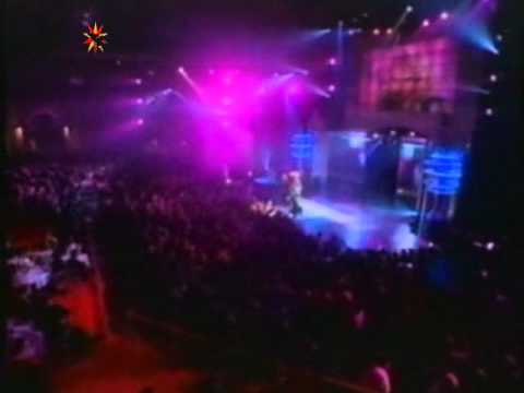 Don't Go Breaking My Heart  -  Elton John e Ru Paul