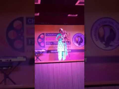 Video Punjabi Folk Singer On Sarangi Live    Film Festival 2016    Chandigarh University download in MP3, 3GP, MP4, WEBM, AVI, FLV January 2017