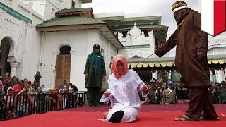 Aceh Indonesia  city photos gallery : Indonesia woman Nur Elita caned in public for breaking Sharia Law in Aceh province - TomoNews