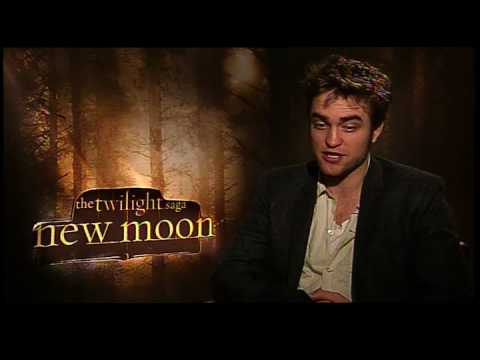 chuck the movieguy - Chuck the Movieguy interviews Robert Pattinson for the movie New Moon from the Twilight Saga. Robert Pattinson strips for you! (well yes and no...) Spread th...