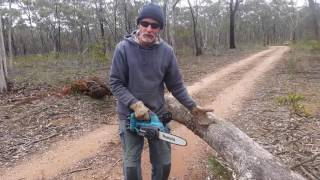 Video Makita battery chain saw . incredible MP3, 3GP, MP4, WEBM, AVI, FLV April 2019