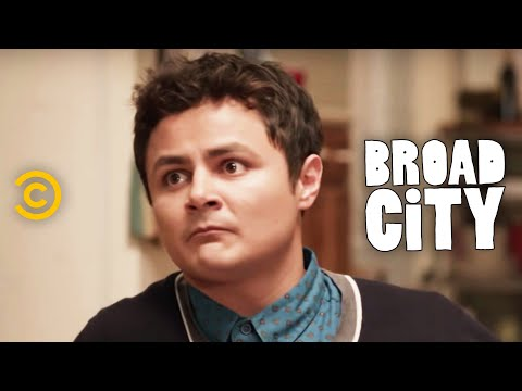 Broad City - Never Have I Ever