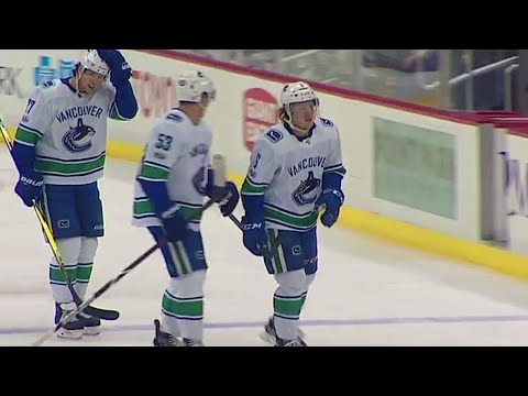 Video: Canucks' Boeser stays hot, fires a sweet wrist shot to beat Penguins' Murray