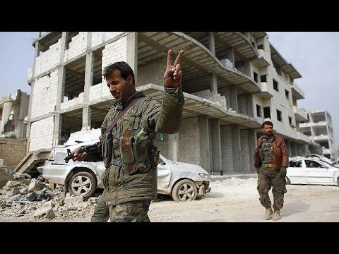 Kobanili mülteciler yıkıma karşın geri dönmek istiyor