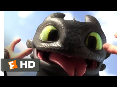 How to Train Your Dragon 3 - Toothless Comes Back | Fandango Family