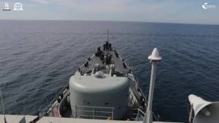Aula de compensação de agulhas magnéticas a bordo do NRP António Enes