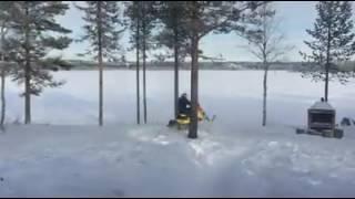 10. Ruka Ski-Doo MX-Z XRS 800R E-TEC