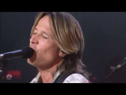 "Keith Urban & Julia Michaels Sing ""Coming Home"" Live In Concert 2018 HD 1080p"