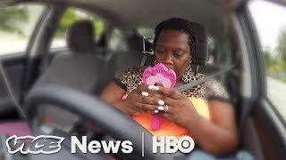 Video Driving For Uber, Sleeping In Her Car (HBO ) MP3, 3GP, MP4, WEBM, AVI, FLV Juli 2018