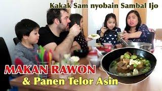 Video MAKAN RAWON & PANEN TELOR ASIN, MANTUUULL 😄👍 MP3, 3GP, MP4, WEBM, AVI, FLV April 2019