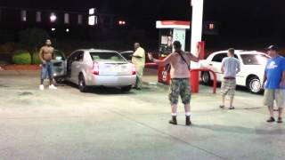 Red neck gets beat down at Phillips 66 nashville