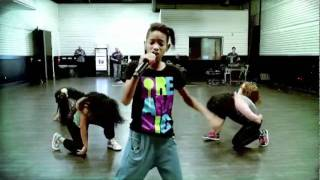 Willow Rehearsing for X Factor USA - YouTube