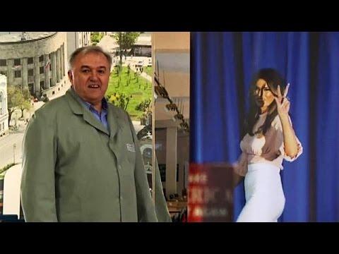 Η Μελάνια Τραμπ δεν ξέχασε τον … υποδηματοποιό της