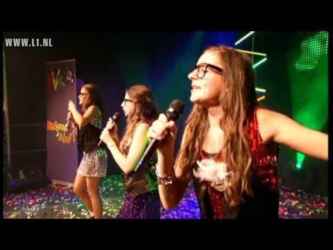 TVK 2011: De Vastelaovendkriebels - Maedjes van 14 (Tegelen)