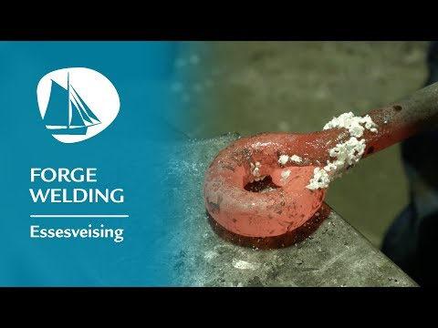 The art of merging metal together at 1300°C - Forge welding