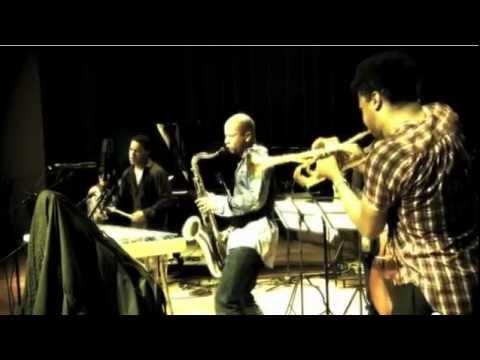 Ninety Miles Live @ Cubadisco in Havana.mov online metal music video by STEFON HARRIS