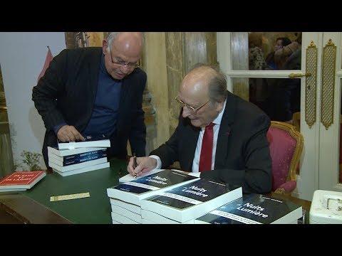 L'écrivain français Henry Bonnier présente à Paris son dernier ouvrage