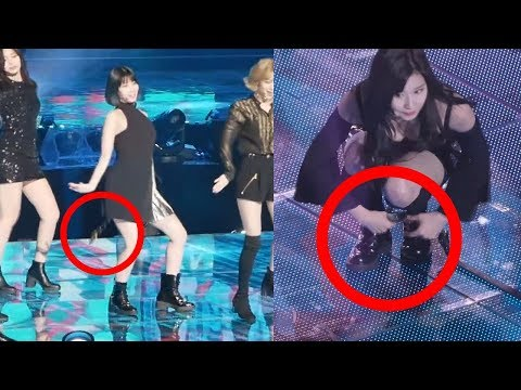 TWICE Sana Clean Up after Clumsy Momo Drop Her Earring and Belt (видео)