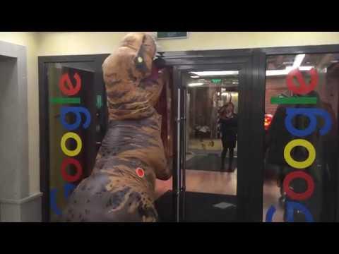 T-Rex в офисе Google Россия (видео)