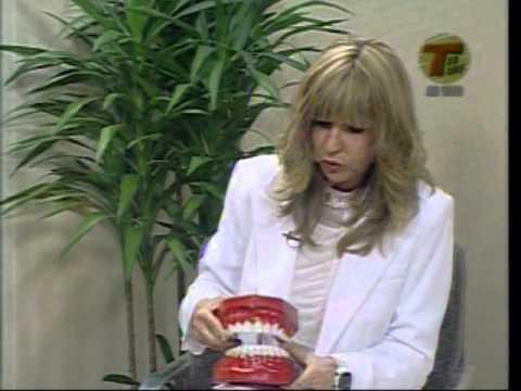 Dra. Fanny explicando sobre saúde bucal coletiva