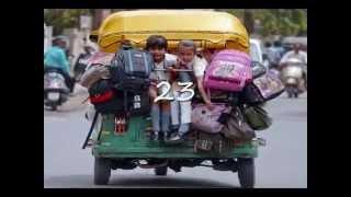 Warga India memang tak luput dari publikasi, baik film Bollywood hingga kehidupan masyarakat di sana. Beberapa foto tentang kehidupan sehari-hari warga India...