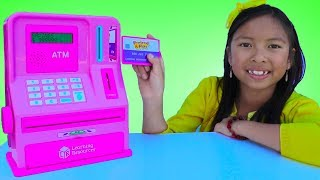 Video Wendy Pretend Play with ATM Machine Toy! Kid Learning How To Save Money MP3, 3GP, MP4, WEBM, AVI, FLV Juli 2018