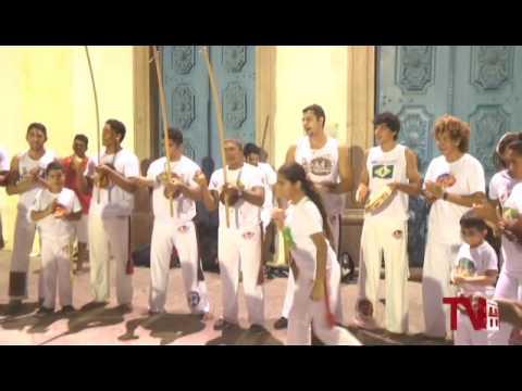 Capoeira Completa 30 anos envolvendo várias gerações em Aracati.