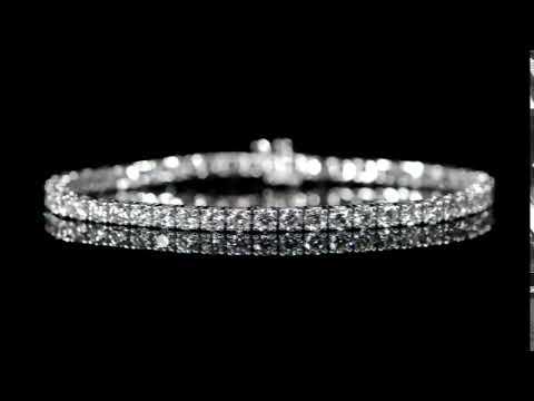 Lady's 18k White Gold 8.06ct (TDW) Diamond Tennis Bracelet