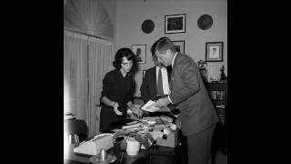 Video INTERVIEW WITH EVELYN LINCOLN (JFK'S PERSONAL SECRETARY) (JANUARY 21, 1964) MP3, 3GP, MP4, WEBM, AVI, FLV Agustus 2018