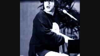 24. Crazy Water (Elton John - Live in Paris 2/24/1979)