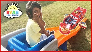 CARS 3 Crazy Crash & Smash Step2 Roller Coaster Extreme Thrill Ride ON Cars Toys for Kids with Ryan ToysReview! Ryan rides the hot Wheels kids roller coaster and Thomas and Friends Roller Coaster! There's also Disney Pixar Cars 3 Lighting McQueen toys! They crash! They smash! They must be Cars 3 Crazy Crash 'N Smash Racers! Lightning McQueen and Cruz Ramirez remote control forward and turn in reverse actions! There are also other cars toys like Jackson Storm, Cruz Ramirez, Mater, Miss Fritter Die Cast Cars and more! Also there's giant size lighting McQueen and Gus the Gummy Gator! Great cars toys from the Cars 3 Movie! Family Fun Children activities to play outdoor! Great Kids Video for Children who loves playing with toy cars! T-Shirt Merchandise for Ryan ToysReviewhttps://teespring.com/stores/ryantoysreviewStep2 Hot Wheels Roller Coster Extreme Kids playtimehttps://youtu.be/WOMuvUzoB_c?list=PLasCX3wfxLR2qPp5w2v7YgF7LRoS1okg6Step2 THOMAS THE TANK ENGINE Up & Down Roller Coaster https://youtu.be/6Of-qrWPkyM?list=PLasCX3wfxLR2aDCw0KR6ktli1sEGXC9EWBACKWARD Step2 THOMAS THE TANK ENGINE UP & DOWN Roller Coaster Kids cars construction vehicles toys https://youtu.be/PcdKNRC-K7M?list=PLasCX3wfxLR2aDCw0KR6ktli1sEGXC9EWRadio Flyer 500 Roller Coaster ride for kids Thomas and Friends Disney Cars Toys https://youtu.be/QUBN3_ZhlOk?list=PLasCX3wfxLR2aDCw0KR6ktli1sEGXC9EWPower Wheels Ride on Cars for kids playlisthttps://www.youtube.com/playlist?list=PLasCX3wfxLR2aDCw0KR6ktli1sEGXC9EWRyan Toys Review Play with Toys Playlisthttps://www.youtube.com/playlist?list=PLasCX3wfxLR36mysKpumkROHdvuQQAkfIHot Wheels Toys Carshttps://www.youtube.com/playlist?list=PLasCX3wfxLR1tLJmNG3ZTBTqH0EVECTEORyan ToysReview NEW Play with Toys, CANDY REVIEW and Family Fun Trips playlisthttps://www.youtube.com/playlist?list=PLasCX3wfxLR0Yy2JiYptRJruJE4wAh-TH