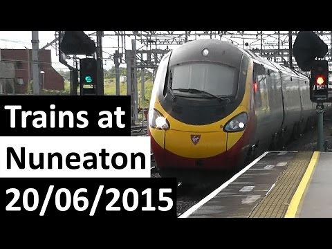 Trains at Nuneaton 20/06/2015