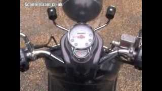 9. ScooterGiant review Vespa LXV 125 60th Anniversary edition