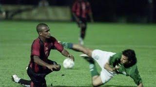 Segundo tempo: http://www.youtube.com/watch?v=AQyWqedNRVo Vitória humilha os palmeirenses em pleno Palestra Itália com espetáculo de Nádson e ...