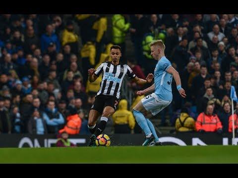 Video: Newcastle United | SKILLS & TRICKS