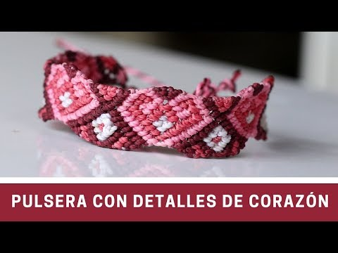Tarjetas de amor - Pulsera con Detalles de Corazon en Macramé  Friendship Bracelet