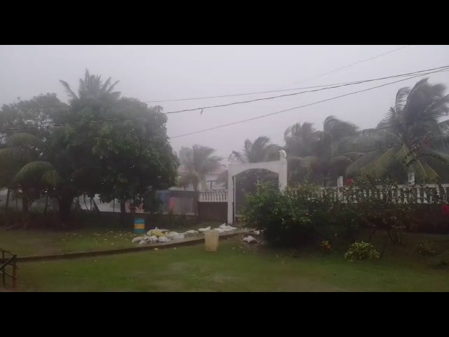 A pocas horas que Otto toque Nicaragua como huracán categoría 2