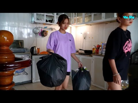 Vie Girl Cùng Em Gái Dọn Dẹp Nhà