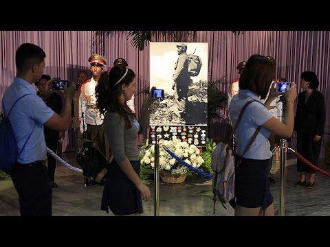 Kuba: Trauerfeiern für Fidel Castro haben begonnen